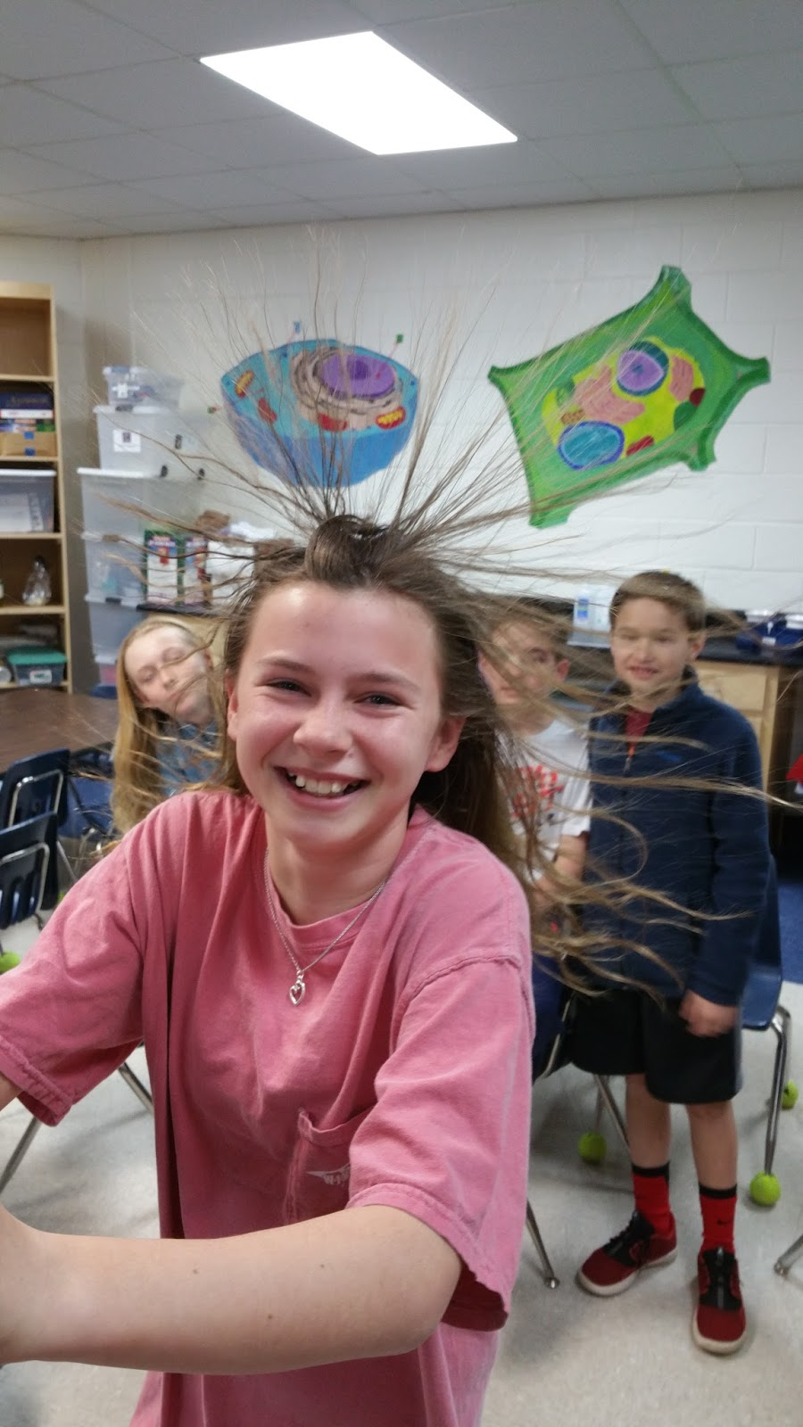 5th Grade MBES Blog: Messing with Static Electricity