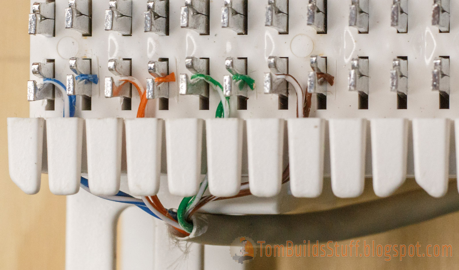 medium resolution of the order of wires is white blue blue white orange orange white green green white brown brown it s easier for me to just remember blue orange