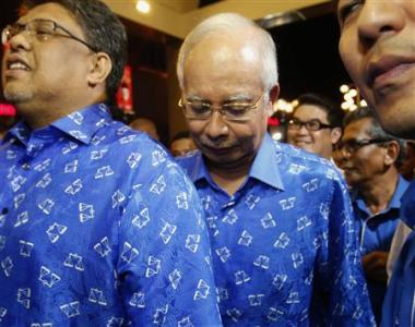 Najib+Razak+on+05May2013+(reuters).jpg