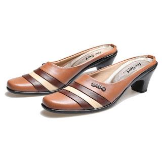 sepatu kerja wanita,sepatu wanita semi formal,gambar sepatu bustong wanita,sepatu slip on wanita 2018