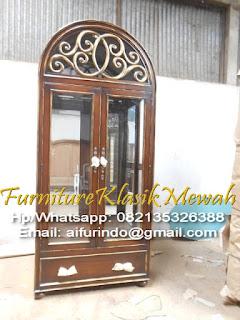 Furniture klasik Mewah,jual mebel jepara,almari jati,almari ukiran,almari klasik mewah