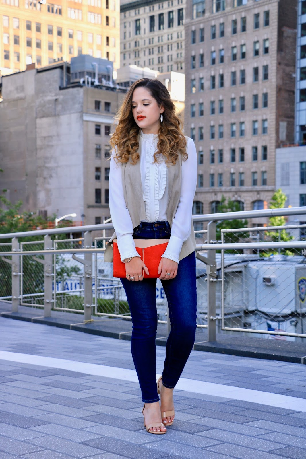 Nyc fashion blogger Kathleen Harper showing fall outfit ideas