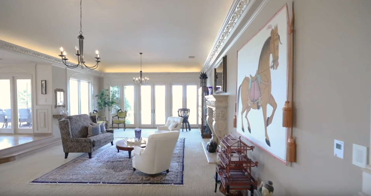 22 Photos vs. 35 Saddleback Rd, Rolling Hills, CA Mansion Interior Design Tour