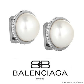 Kate Middleton Jewelry: Balenciaga Eugenia Pearl Stud Earrings