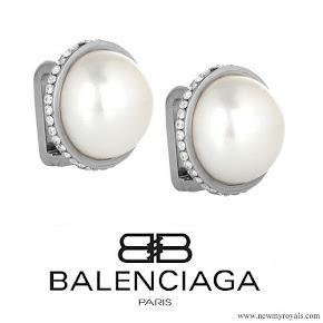 Kate Middleton Jewelry: Balenciaga Eugenia Pearl Stud Earrings
