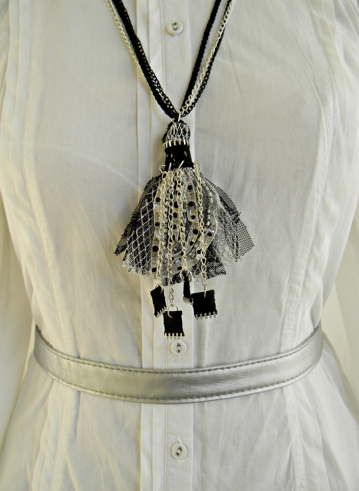 """Silver Fringe"" Necklace"