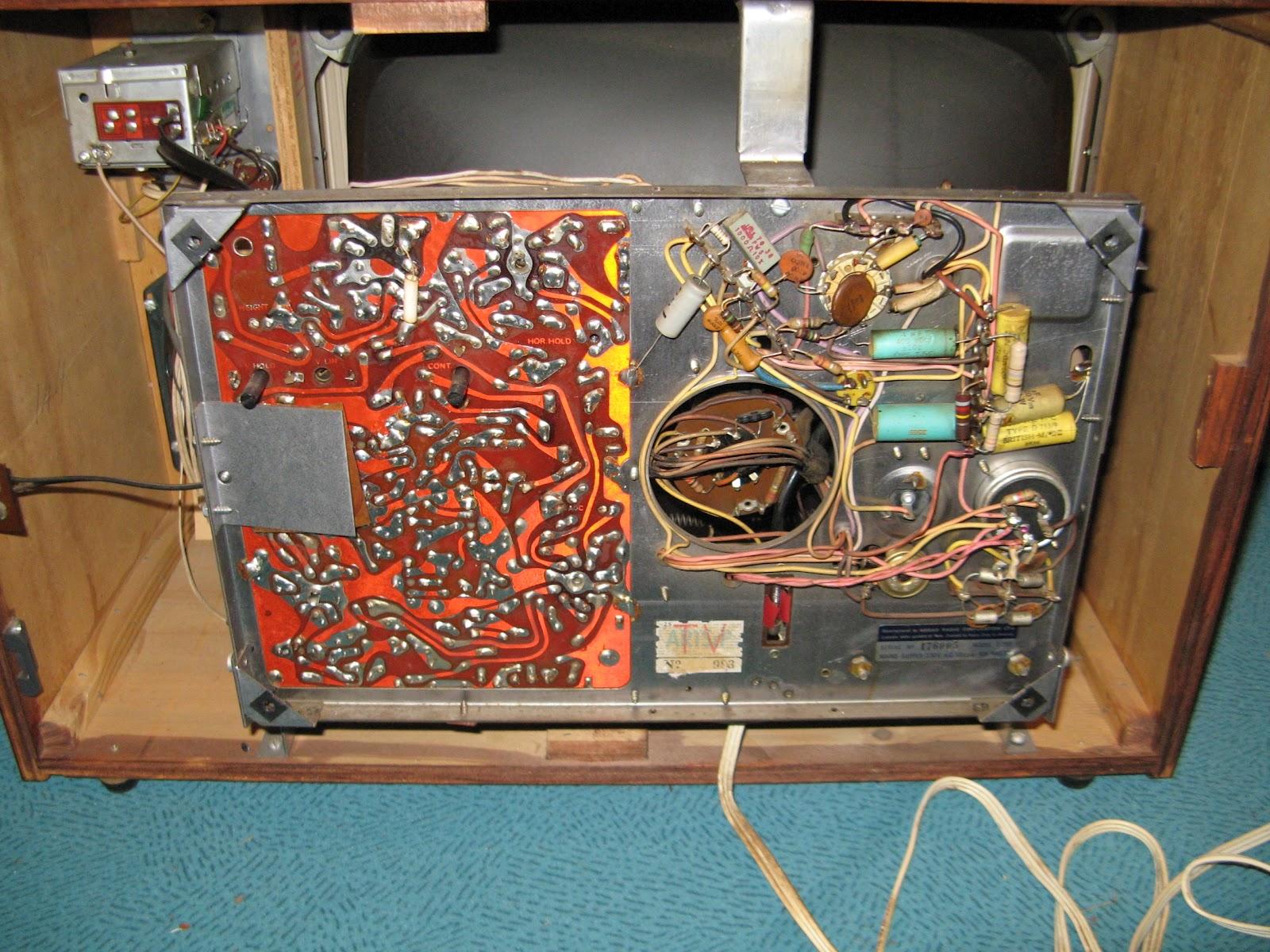 NZ Vintage TV & Radio: Pye T25Y 19