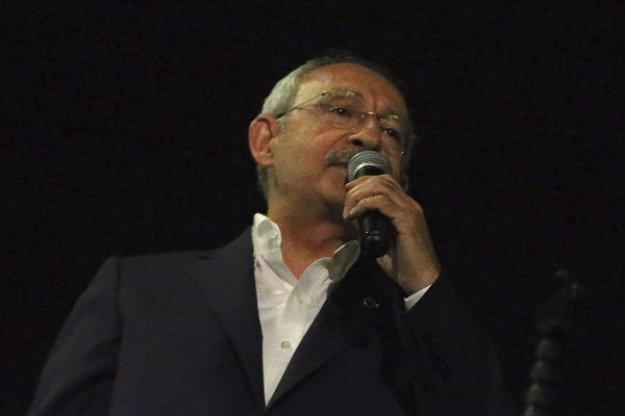 Τουρκία: Επίθεση από οργισμένο πλήθος δέχτηκε ο αρχηγός της αξιωματικής αντιπολίτευσης