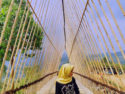 Spot Foto Bukit Nirwana
