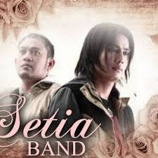 Lirik Dan Kunci Gitar Lagu Setia Band - Hatiku Pilu