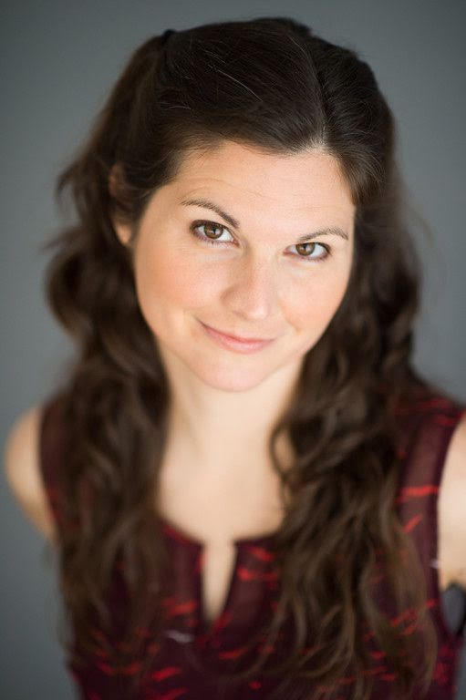Lisa Jakub Looks Like That Girl From Clc Plus A Book Giveaway