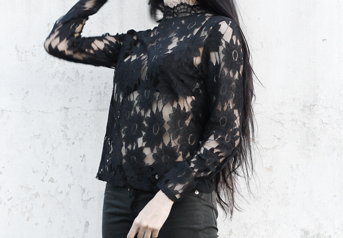outfits, lace, shirt, black, metisu, fashion, blogger, lune, nocturne, creepers, backpack, grunge, gothic