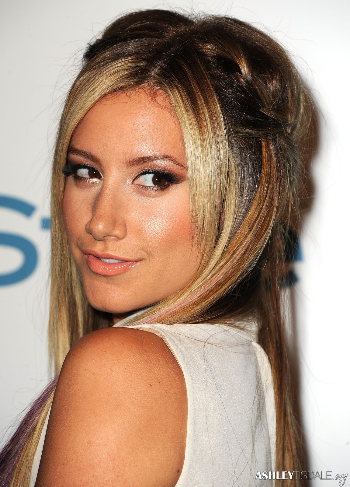 Ashley Tisdale Pictures Gallery 15 Film Actresses