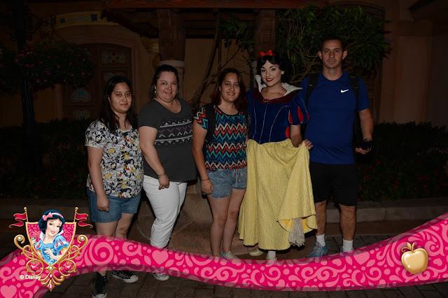 Snow White, no Epcot