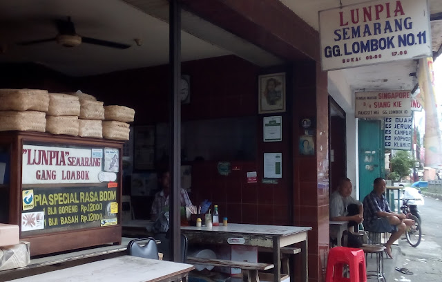 Lumpia Gang Lombok No 11 Semarang