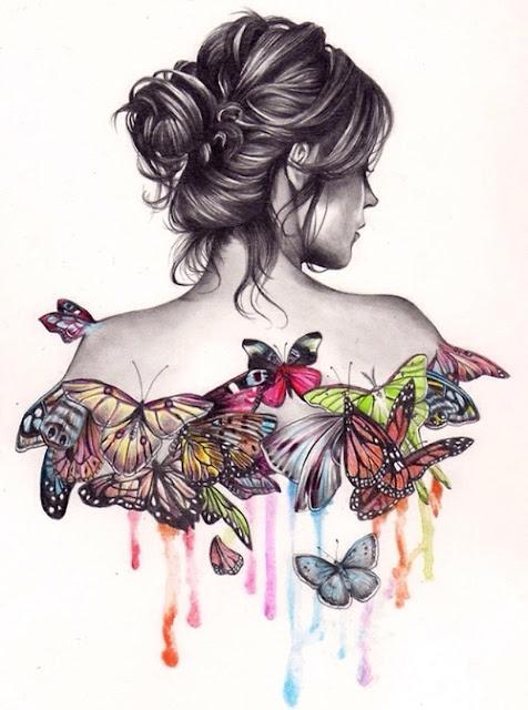 Mujer de espaldas con mariposas