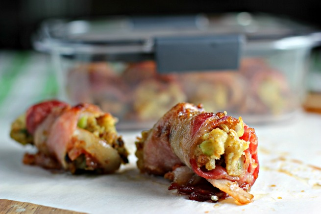 Sausage Stuffing Bacon Bombs Recipe. Easy ideas to use up leftover stuffing from Thanksgiving and makes a great appetizer for potlucks and get togethers!