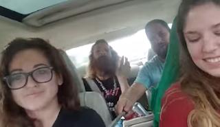 Amigos filman su propio accidente con un paloselfi