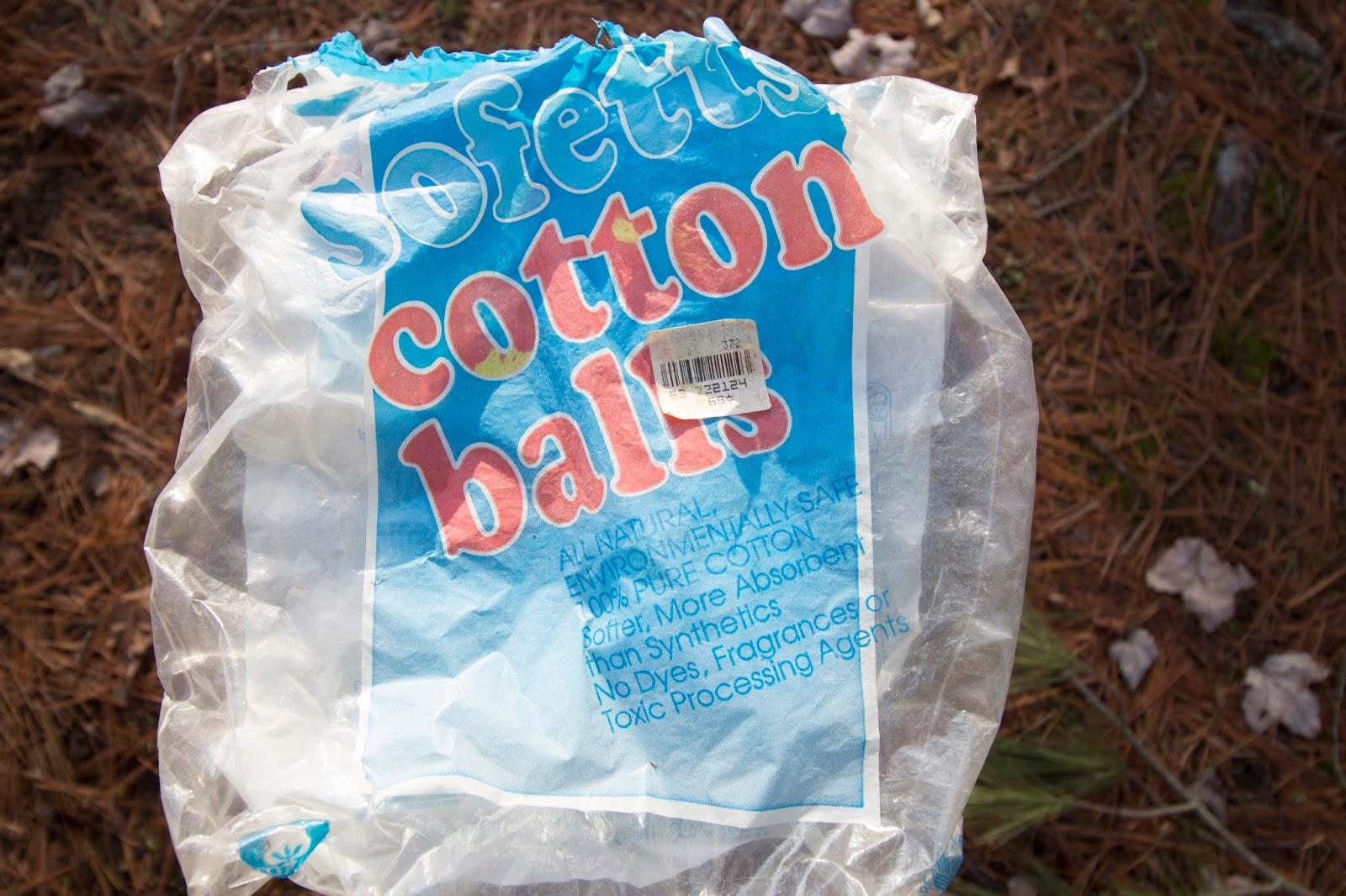 100% Cotton Balls