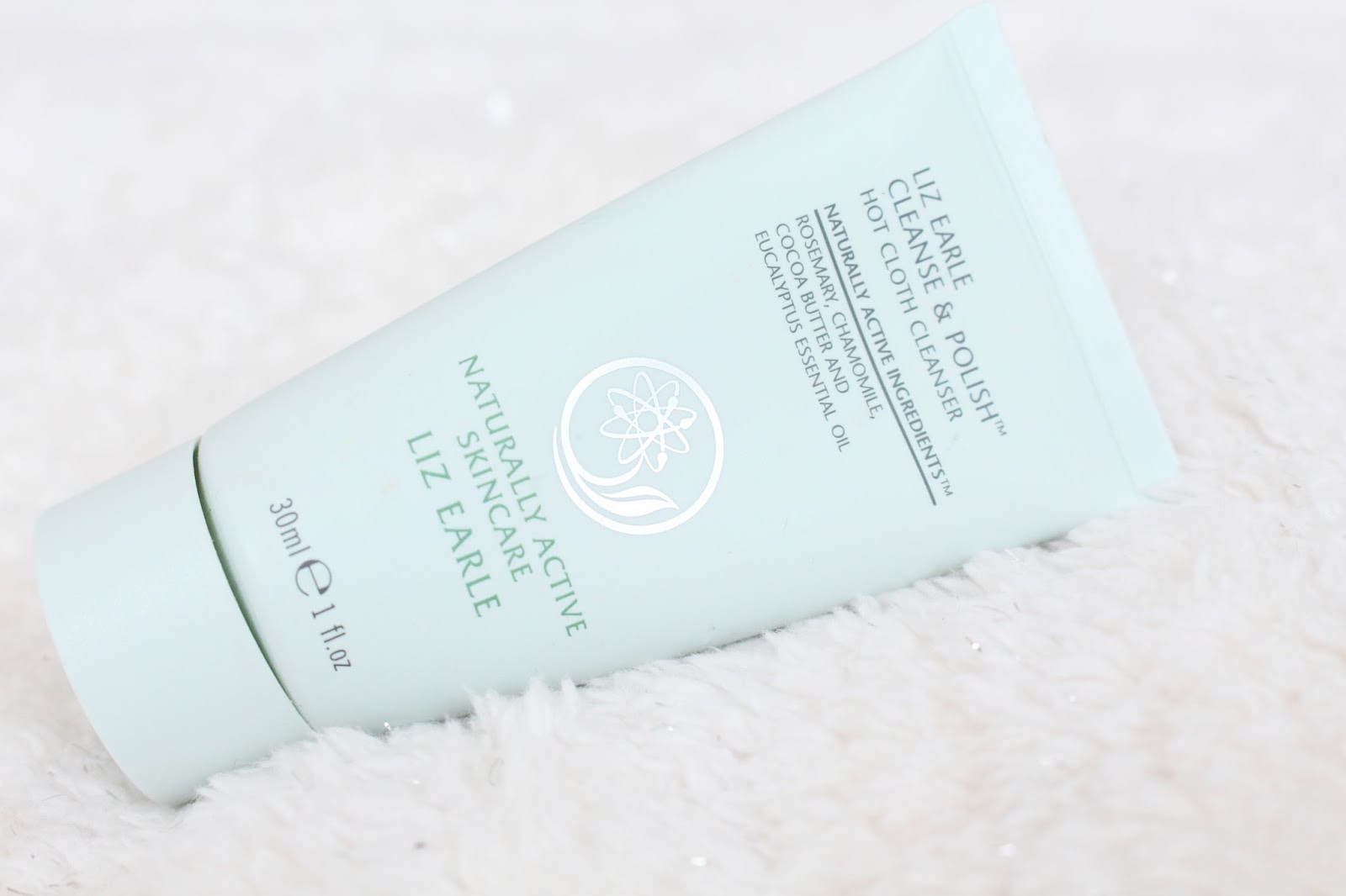 Liz Earle Cleanse & Polish Hot Cloth Cleanser Review