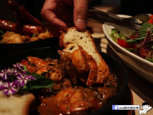 IMG 3737 - 熱血採訪│鐵克諾南洋風味手扒海鮮拼盤超豐盛!搭配超厚龍蝦痛風都快發作了