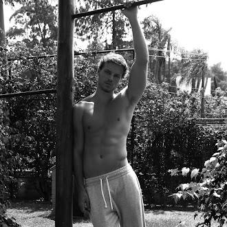 Andre Lobo - Closer Models