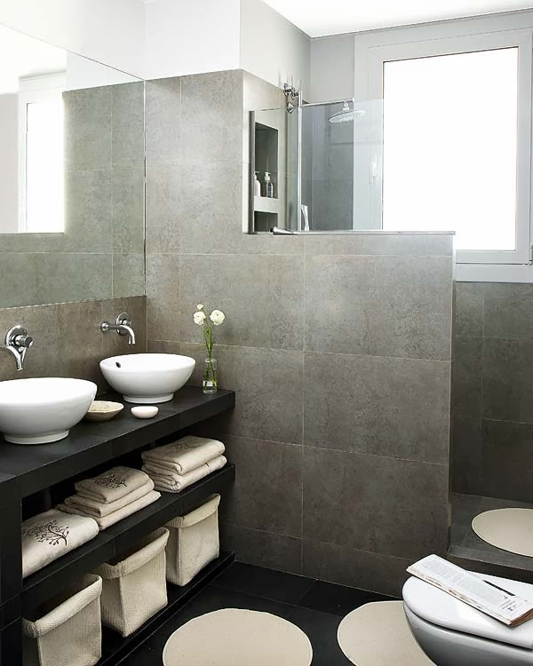 Un apartamento en barcelona decoraci n for Banos modernos para apartamentos