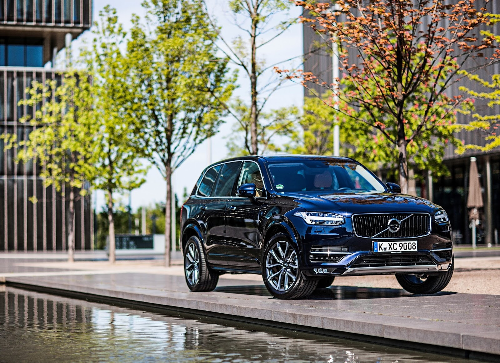 NEW%2BVOLVO%2BXC90 Ρεκόρ πωλήσεων για τη Volvo στην Ελλάδα και το 2015 Sales, Volvo, Volvo V40 Cross Country, Volvo XC60, Volvo XC90