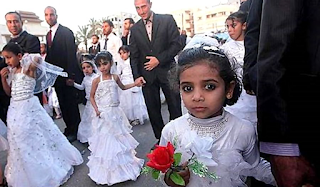 Cerca de  mil niñas menores de edad se casaron en Irán .
