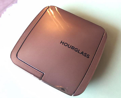 blush rose poudré HourGlass