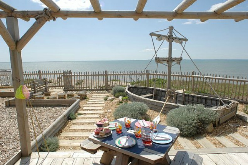coastal outdoor play area for the kids