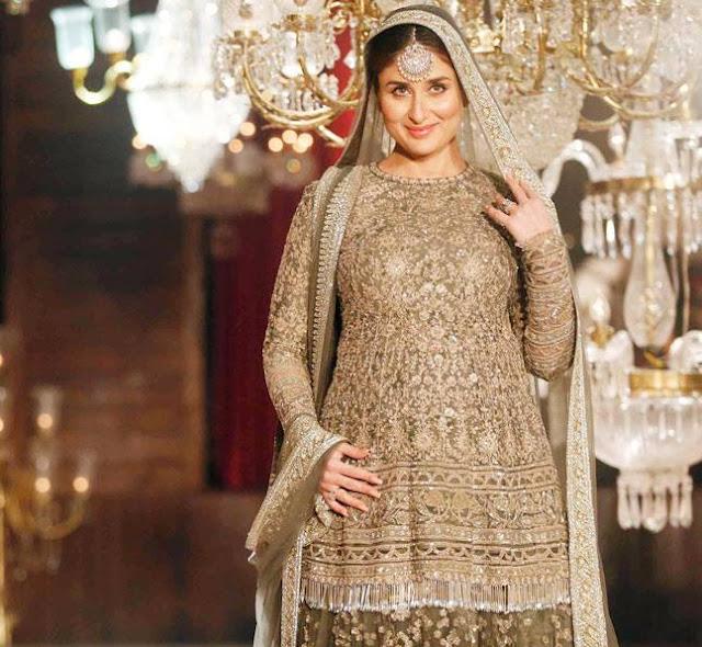 Pregnant Kareena Kapoor Lakme Fashion Week