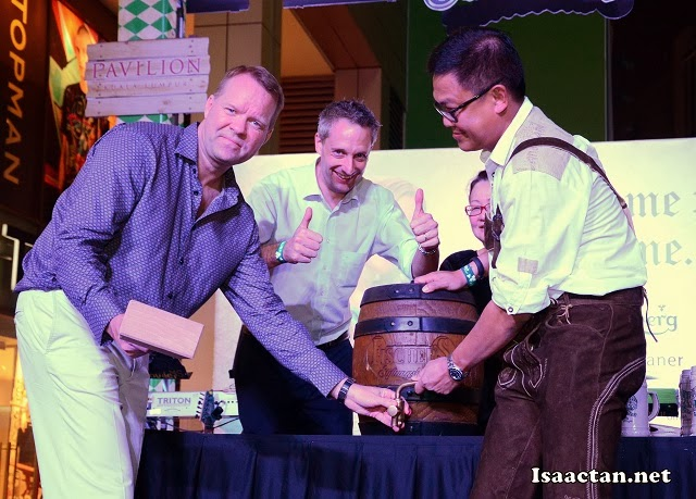 Tapping the ceremonial keg in true Bavarian tradition