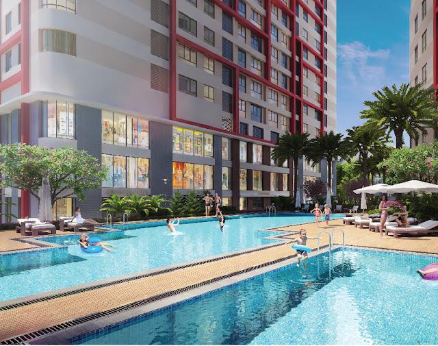 Bể bơi ngoài trời tại Imperial Plaza