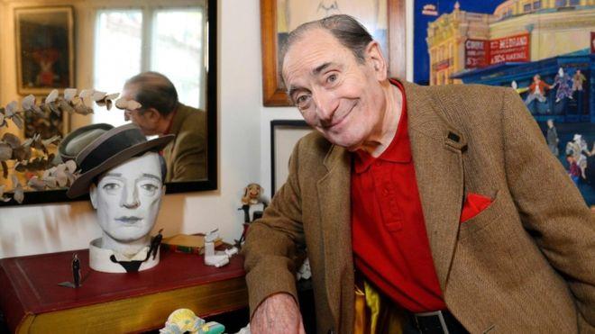 French Oscar-winning clown Pierre Etaix dies aged 87