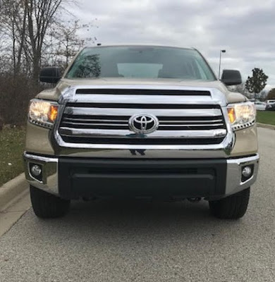 2017 Toyota Tundra 4x4 SR5 Crewmax Review