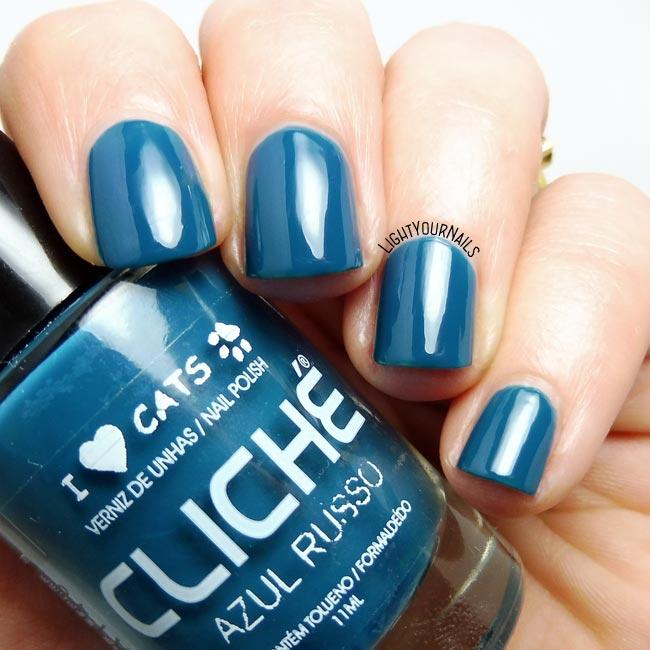 Smalto blu Clichè Azul Russo blue nail polish
