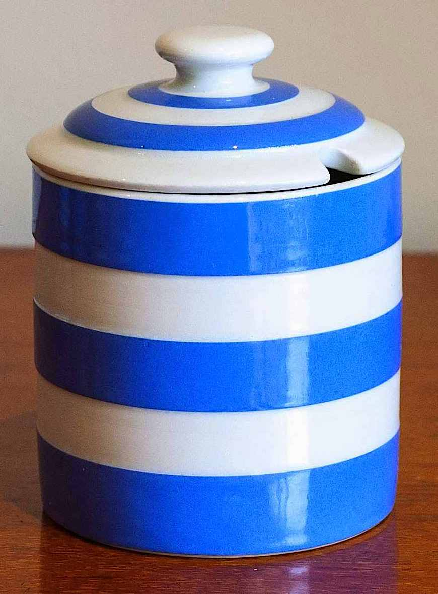 a Cornishware pot with blue and white stipes 1940, color photograph