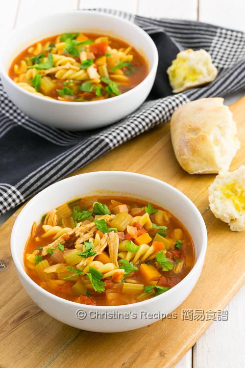 雞絲火腿雜菜番茄湯 Chicken and Tomato Soup01
