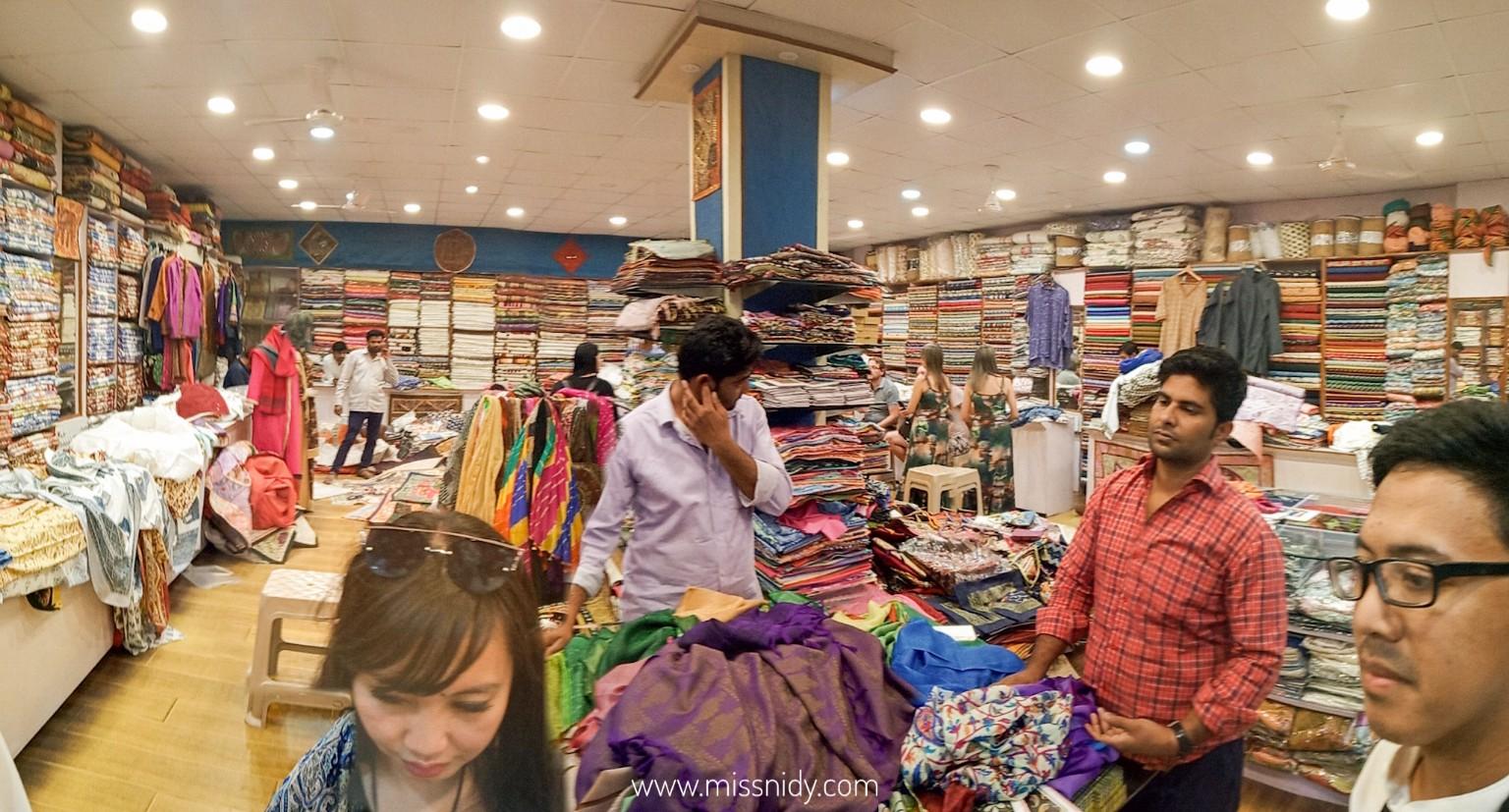 pengalaman belanja di india