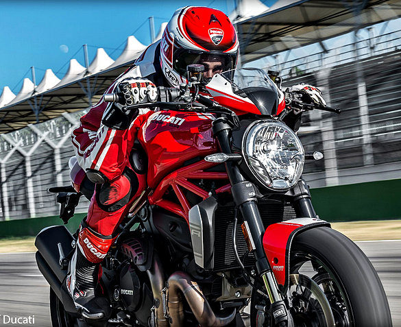 Ducati Monster 1200 R Terbaru 2016