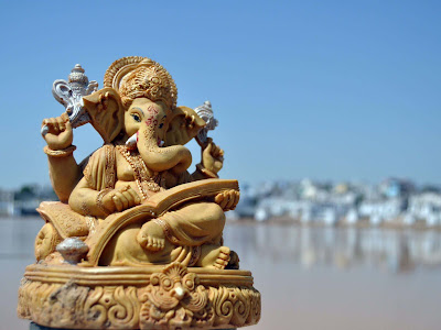 skin-colors-ganesha-walls-image