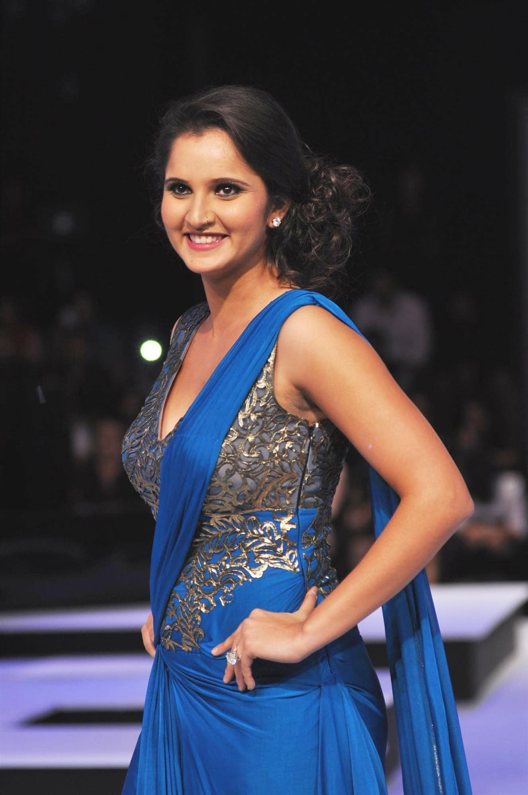 Sania Mirza Cute Wallpapers - Entertainment Only-9824