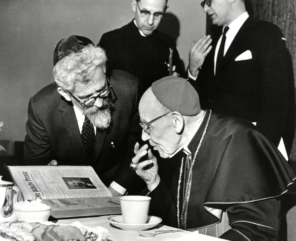 Rabbi Abraham Heschel y Cardenal Augustin Bea, S.J.