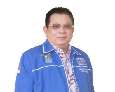 Simon Petrus Ajak Kader PD Sekadau Cintai Partai