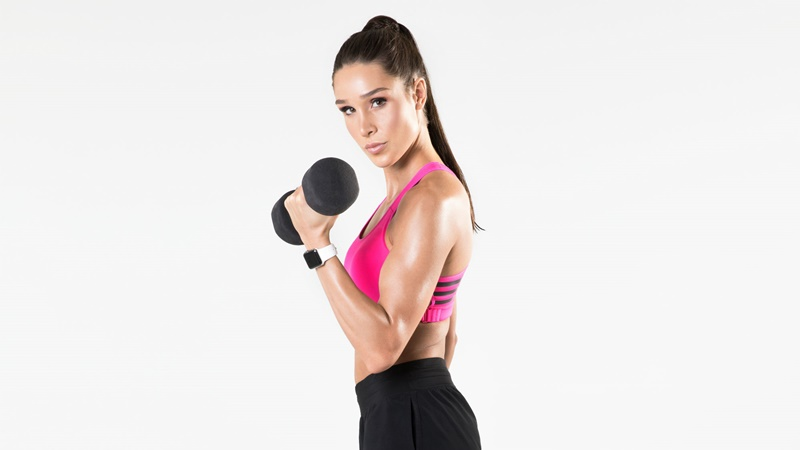 kayla itsines sweat