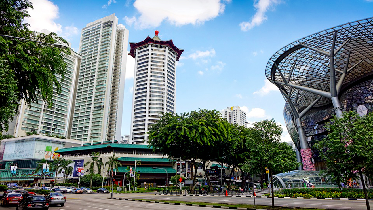 expats guide to singapore orchard road lucky plaza