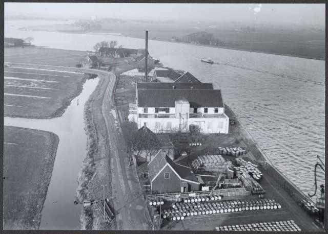 Wormerveer Noordidijk, 28 December 1941 worldwartwo.filminspector.com