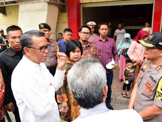 Nurdin Abdullah Nilai Makassar Mall Sangat Jorok dan TIdak Sehat untuk Berjualan
