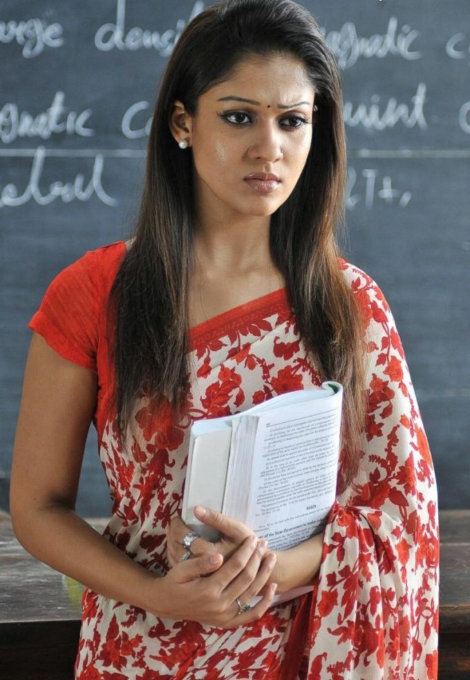 Actress Nayanthara Hot Thighs Images